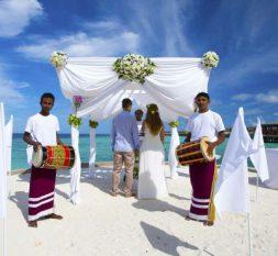 盛泰乐拉富士岛婚礼服务