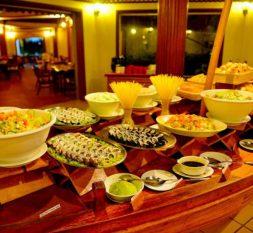 白雅湖岛Palm Restaurant自助餐厅